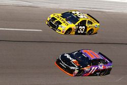 Ty Dillon, Richard Childress Racing Chevrolet, Denny Hamlin, Joe Gibbs Racing Toyota