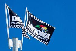 Daytona flags