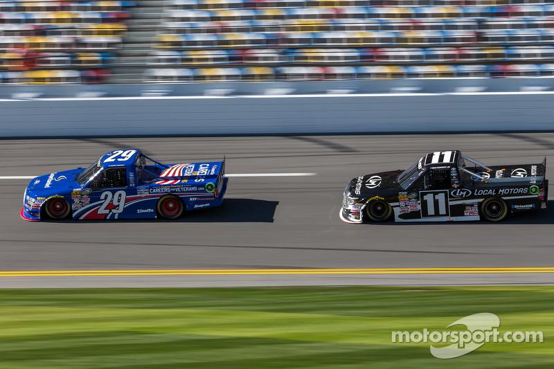 Austin Theriault, Brad Keselowski Racing, Ford; Ben Kennedy, Red Horse Racing, Toyota