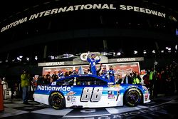 Winner Dale Earnhardt Jr., Hendrick Motorsports Chevrolet celebrates