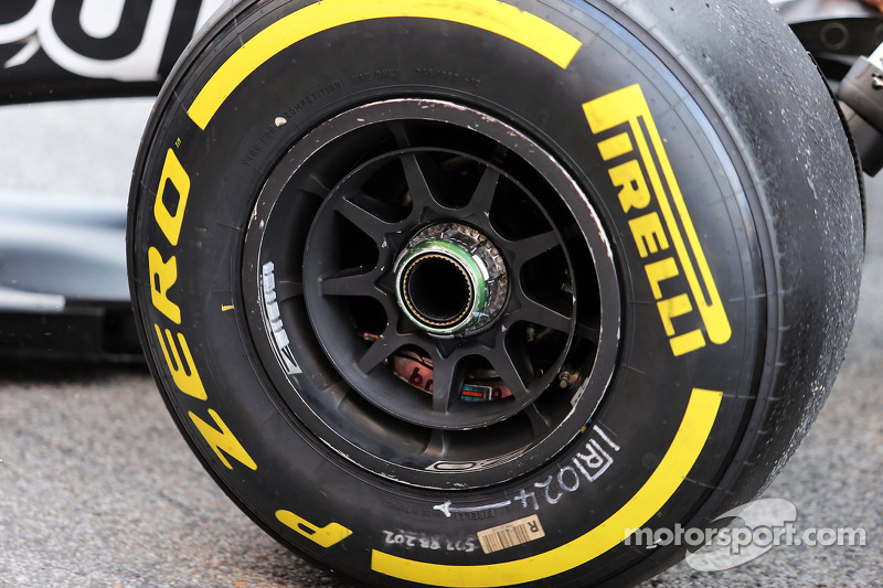 Red Bull Racing RB11, Rad, Detail