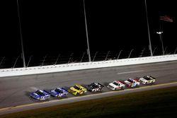 Tyler Reddick, Brad Keselowski Racing Ford en tête
