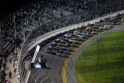 Départ : Ty Dillon, GMS Racing Chevrolet mène le peloton