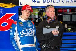 Trevor Bayne, Roush Fenway Racing Ford com chefe de equipe Bob Osborne
