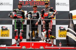 Podium: race winner Leon Haslam, Aprilia Racing Team, second place Jonathan Rea, Kawasaki, third place Chaz Davies, Ducati Corse