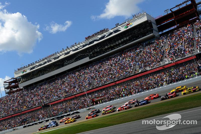 Start: Jeff Gordon, Hendrick Motorsports, Chevrolet, vor dem Feld