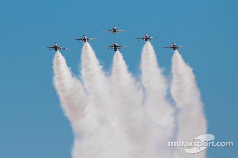 Flyover der Thunderbirds von der US-Luftwaffe