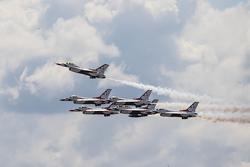USAF Thunderbirds voam