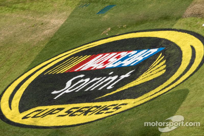 NASCAR Sprint-Cup, Schriftzug