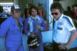 Jacques Laffite, Ligier JS5-Matra with Guy Ligier, owner, and Gérard Ducarouge, designer and enginee