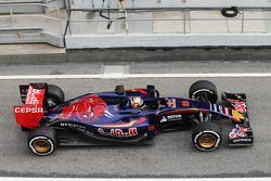 Карлос Саинс-мл.. Тесты Ф1 в Барселоне II, день 1.