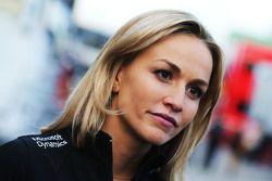 Carmen Jorda, Lotus F1 Team avec les médias