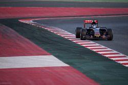 Carlos Sainz Jr., Escudería Toro Rosso STR10