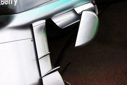 Mercedes AMG F1 W06 fiancata dettaglio