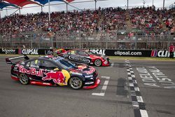 Start: Jamie Whincup, Red Bull Holden