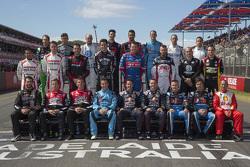 Foto de grupo de los pilotos 2015