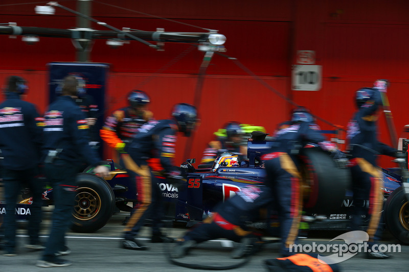Carlos Sainz jr., Scuderia Toro Rosso STR10, Boxenstopp-Training