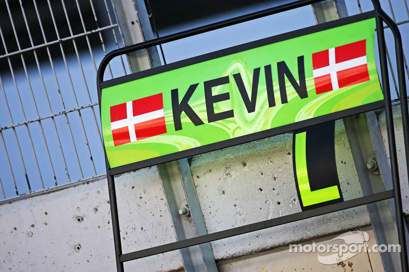 Pit board for Kevin Magnussen, McLaren Test and Reserve Driver