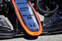 McLaren MP4-30 cono de nariz