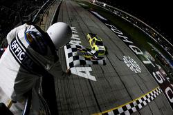 Matt Crafton, ThorSport Racing Toyota vainqueur
