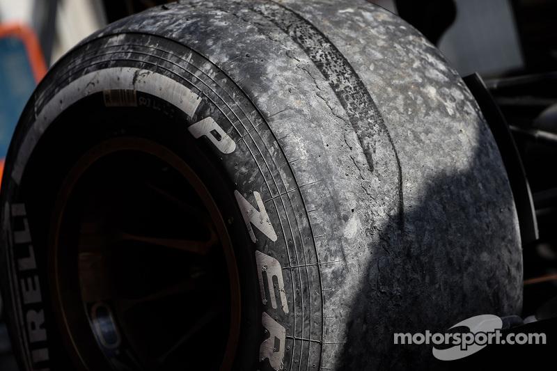 Ein benutzer Pirelli-Reifen