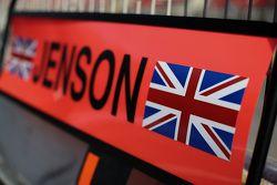 Letrero de pits de Jenson Button, McLaren