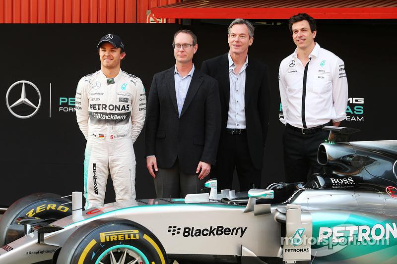 الإعلان عن شراكة رسمية بين فريق مرسيدس إيه أم جي للفورمولا واحد وكوالكوم في المجال التقني. ديريك أبي