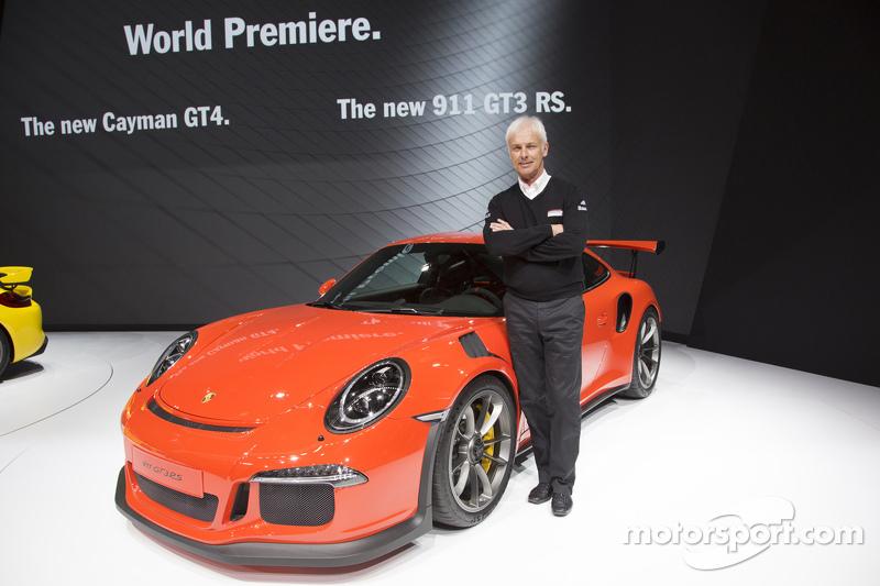 Chairman Executive Board of Porsche AG Маттіас Мюллер разом з Porsche 911 GT3 RS