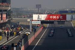 Starting grid waits for the start