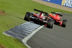 F3 cars going wide at Woodcote corner