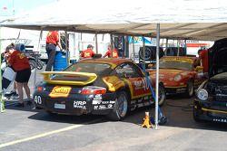 Team Sahlen Porsche GT3 Cup cars