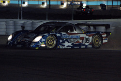 Spin for #09 Spirit of Daytona Racing Pontiac Crawford: Doug Goad, Marc-Antoine Camirand