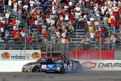 Bobby Labonte and Jack Sprague crash on the last lap