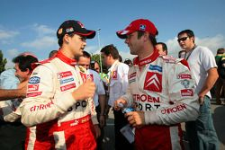 Daniel Sordo celebra el título del JWRC 2005 con Sébastien Loeb
