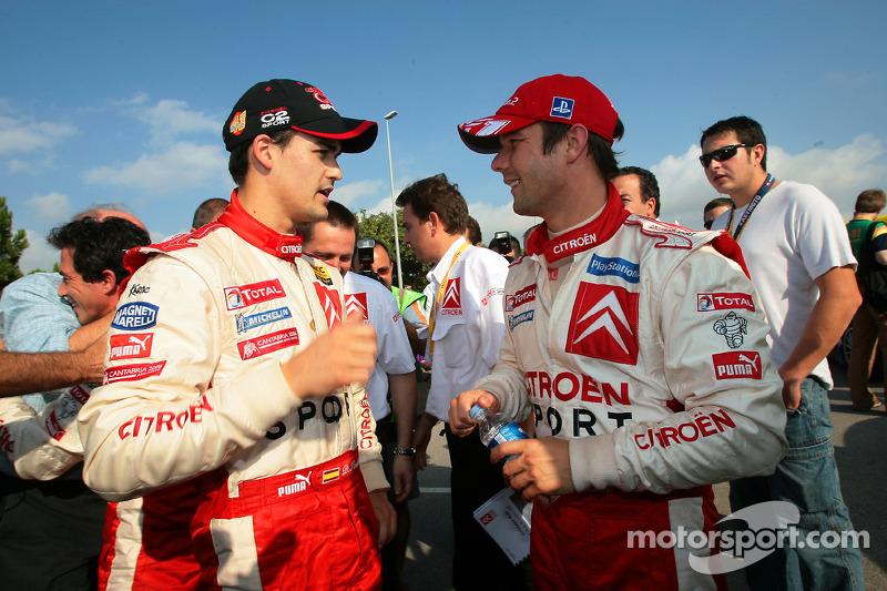 2005: Daniel Sordo celebra el título del JWRC con Sébastien Loeb