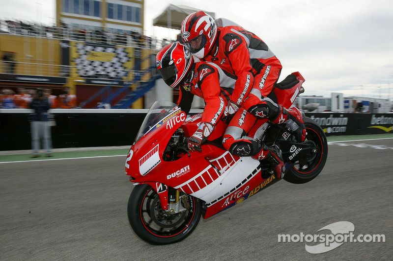 Randy Mamola dan Gerhard Berger, Ducati Desmosedici