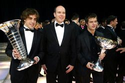 El campeón del mundo de F1 Fernando Alonso, el príncipe Alberto de Mónaco y el campeón del mundo de