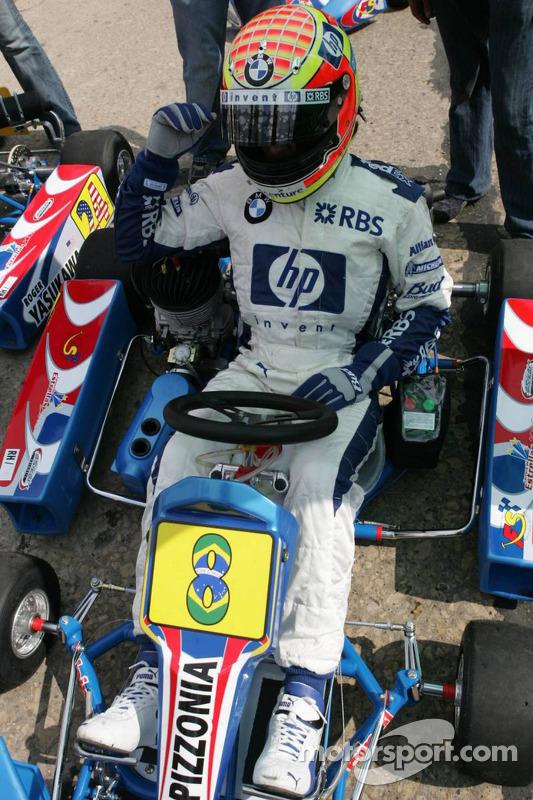 Antonio Pizzonia At Race Of The Stars Cartagena Colombia Kart