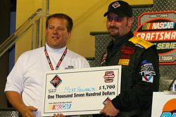 Crew chief of the race award