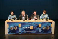 Giancarlo Fisichella, Flavio Briatore, Patrick Faure et Fernando Alonso