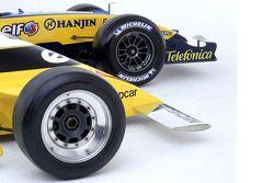 Fotoshooting: Renault R25 (2005) und Renault RS11 (1979)