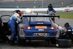 Pit stop for #65 Auto Gallery/ TRG Porsche GT3 Cup: Kevin Buckler, Marc Bunting, Andy Lally, Carlos de Quesada, Hugh Plumb