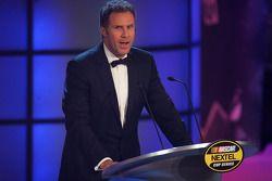 NASCAR Nextel Cup Awards Banquet à l'hôtel Waldorf Astoria: Will Ferrell sur scène