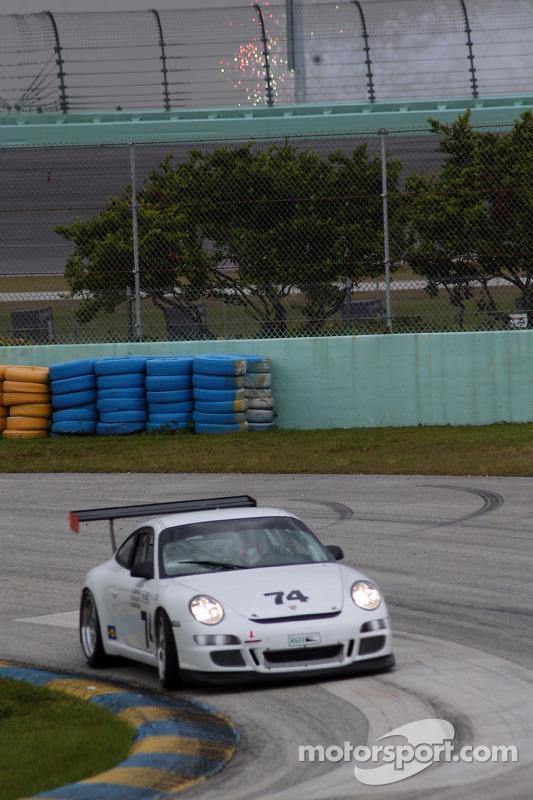 #74 Tafel Racing Porsche GT3 Cup: Robin Liddell, Jim Tafel Jr., Eric Lux, Graham Rahal