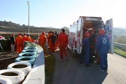 El equipo de seguridad, al rescate