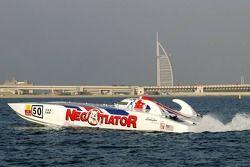 Katherine Legge avec le champion du monde de Class One Offshore Powerboat Steve Curtis