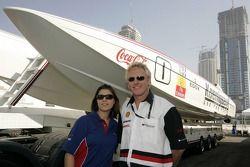 Katherine Legge et le champion du monde de Class One Offshore Powerboat Steve Curtis