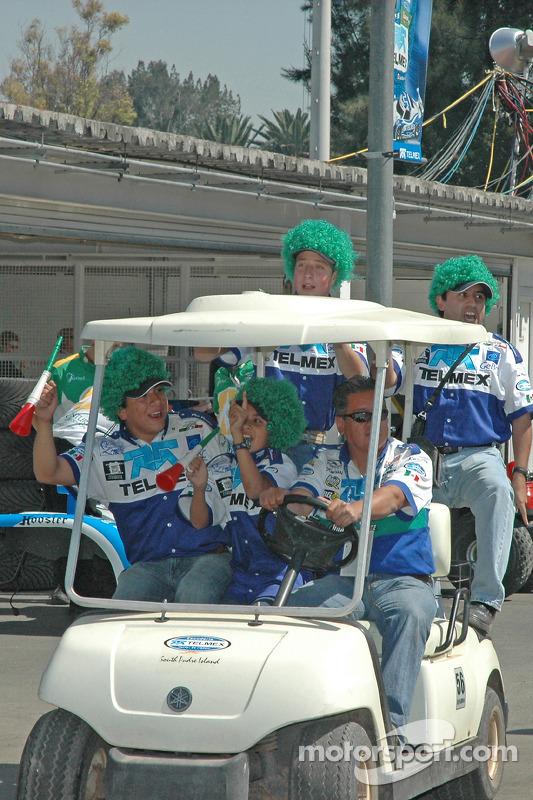 Des fans de Luis Diaz