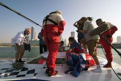A1GP attends the Word Powerboat GP of Dubai: Robbie Kerr has a look at one of the powerboats