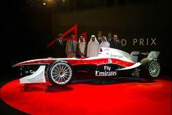 Dubai welcome party: Sheikh Maktoum Hasher Maktoum Al Maktoum with Niki Lauda and guests